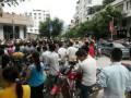 郎酒集团千人罢工示威游行 缘起涨工资未兑现(组图)