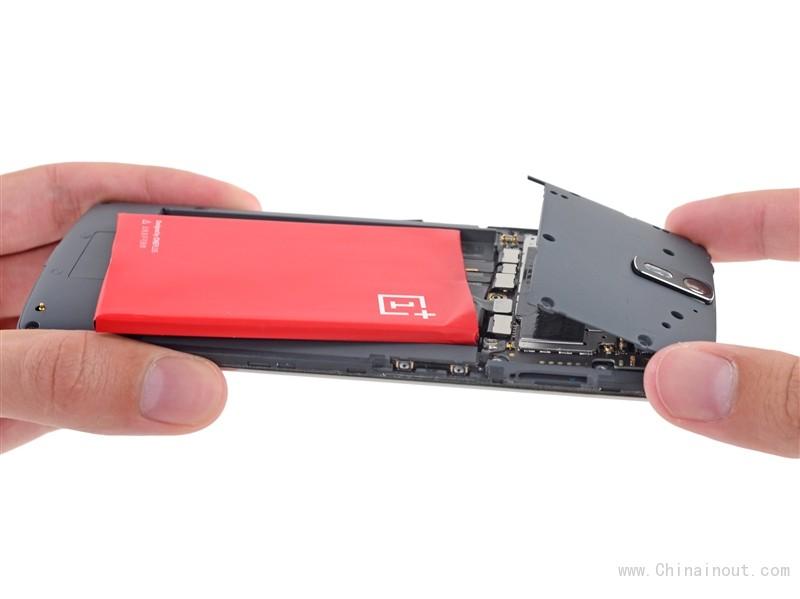 一加手机完全拆解:到处都是坑啊!