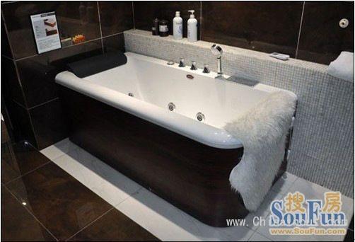 箭牌然•木系列按摩浴缸