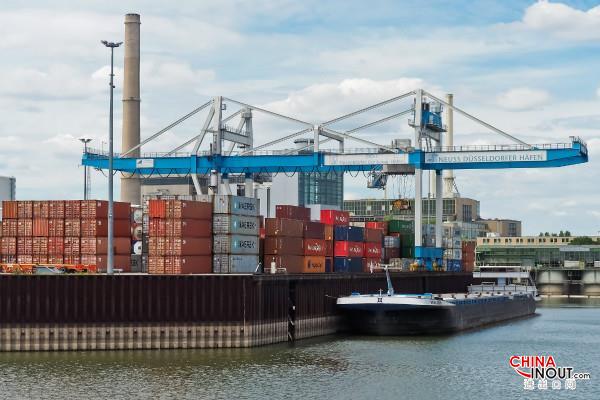 中国最大粮食及木片进口港
